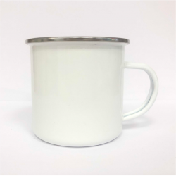 Photo d'un mug incassable blanc.